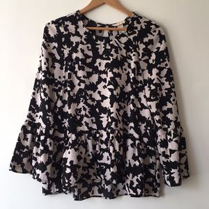 Geometric Patterned H&M Bell Sleeve Blouse